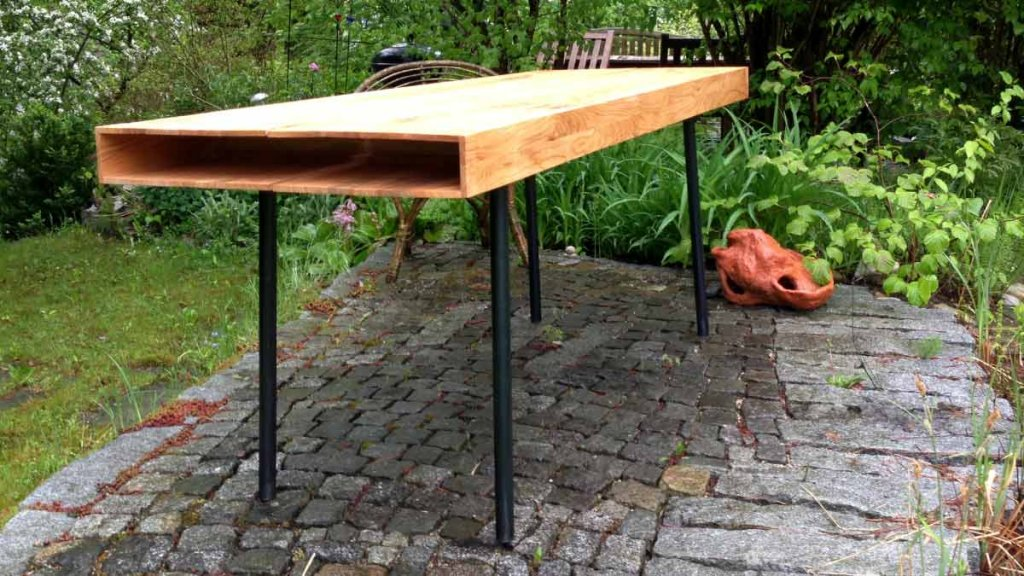 Kirschholzprofil als Tischplatte