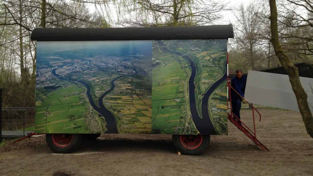 Bauwagen als Ausstellungsraum